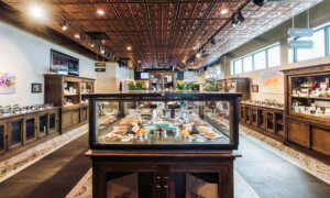 Cannabis dispensary display cases tips