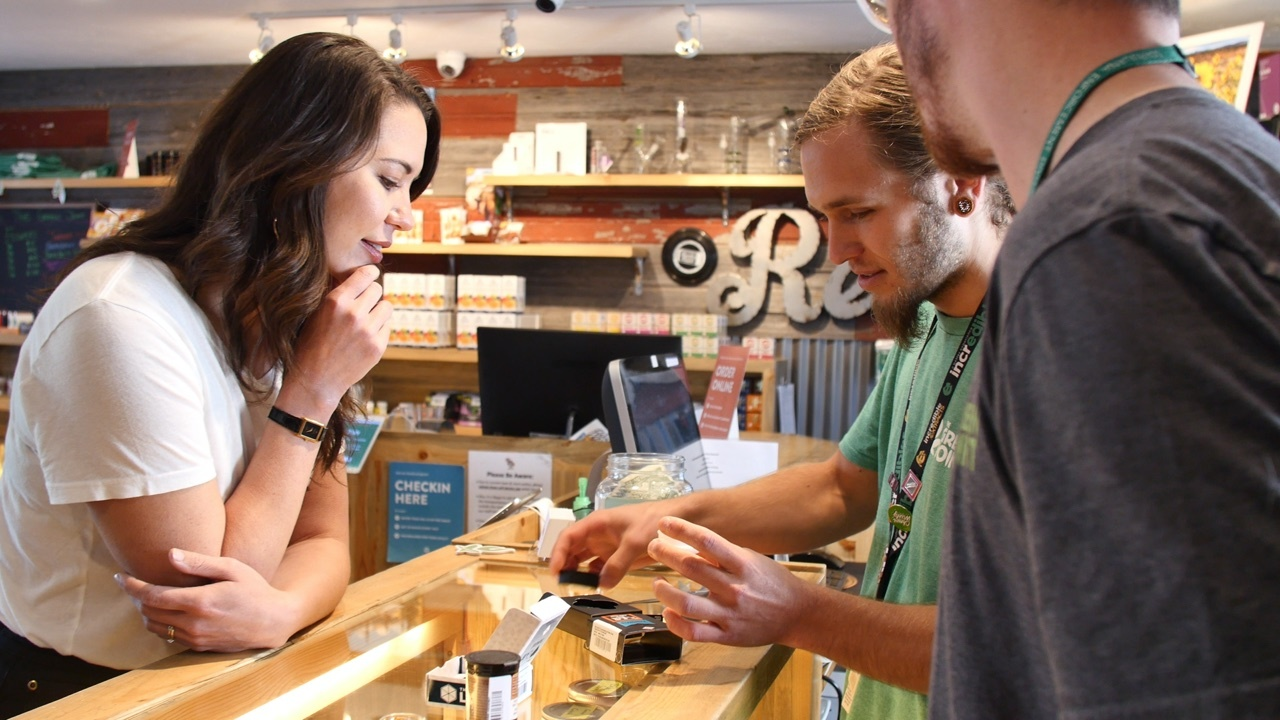 dispensary customer experience