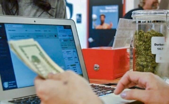 dispensary cash tips