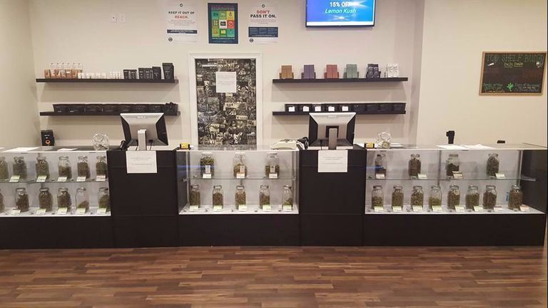 oregon cannabis dispensary top shelf budz interior display